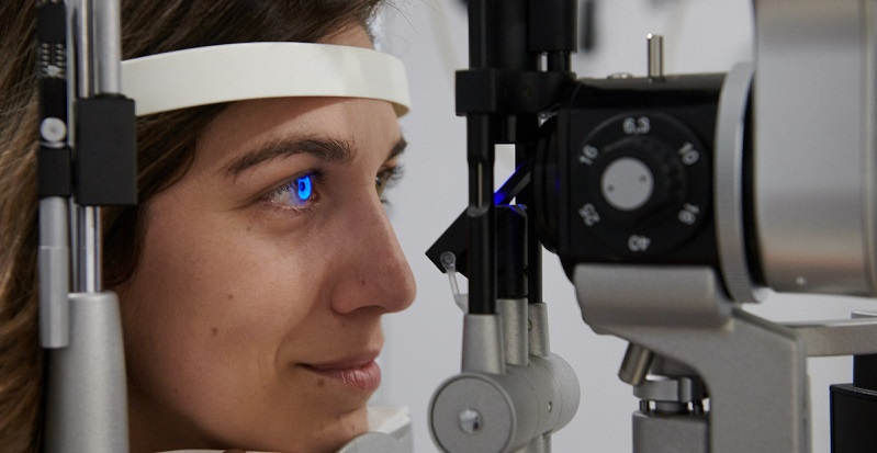 Eyes on Canal Optometrists Are Experts at Fitting Specialty Contact Lenses